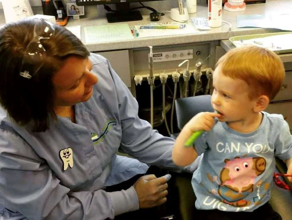 Learning how to brush teeth - Kentucky Dentistry for Kids